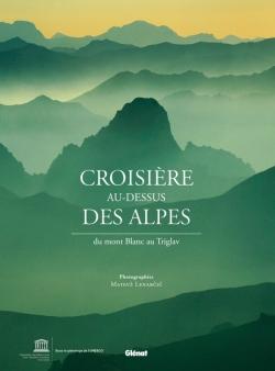 Croisière au-dessus des Alpes